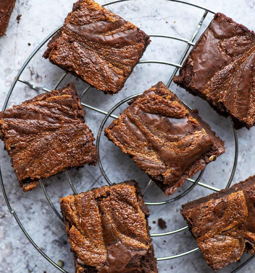 Tahini Brownie Six Pack
