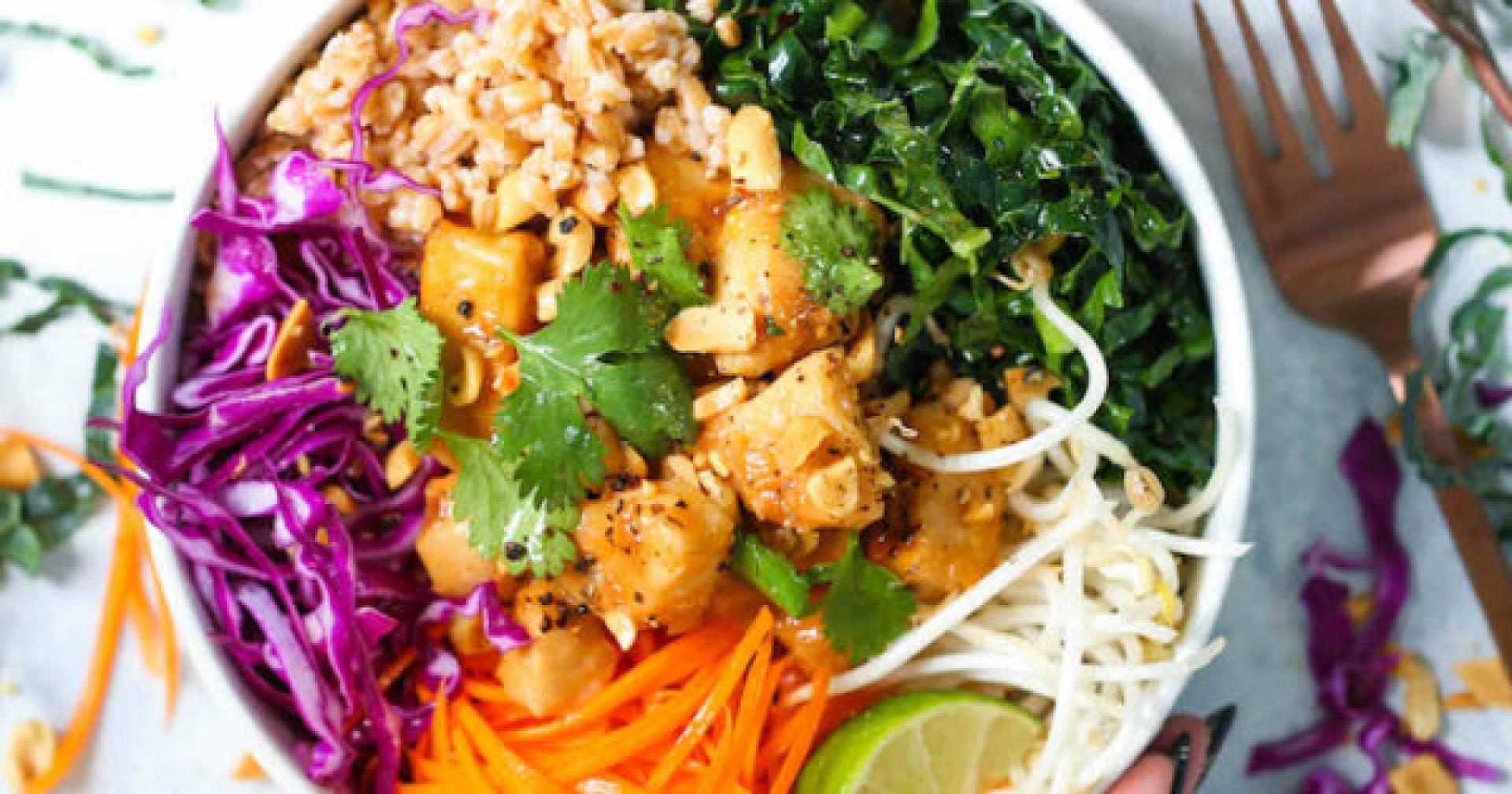 Thai Chicken Rice Bowl